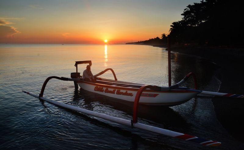 Boot für Delphintouren
