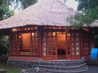 Neue Villa im Norden Balis